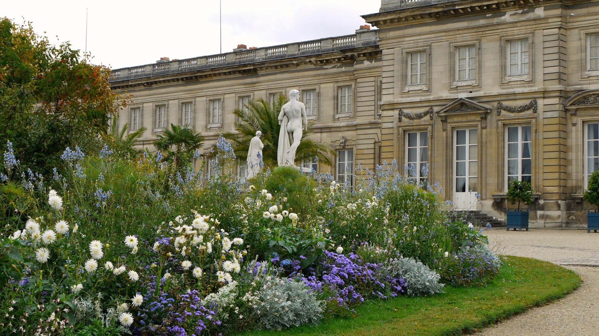 P1010234 Picardie, Compiègne, le château (1751-1789) et le p